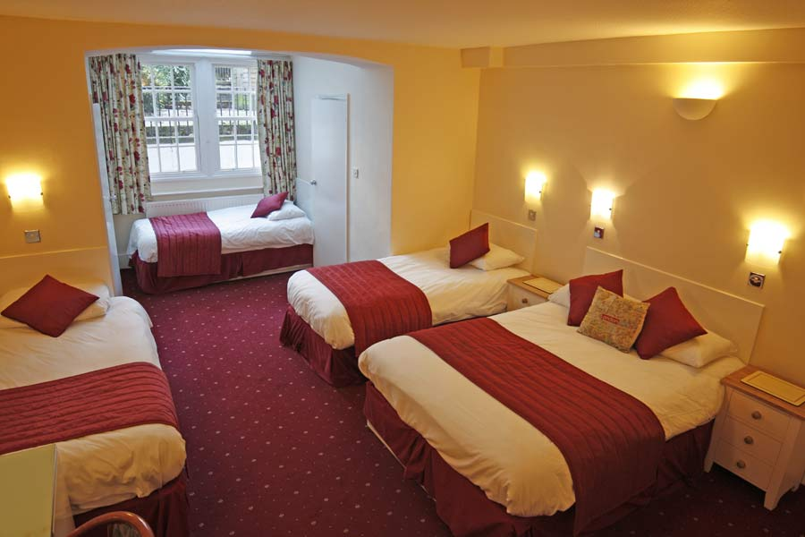 Room prices at the thanet hotel londoin for Family room in a hotel