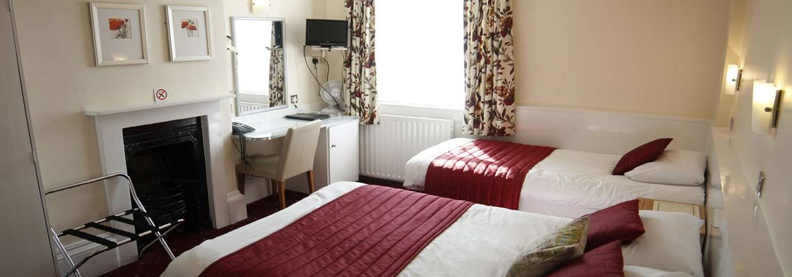 Twin Room at the Thanet Hotel
